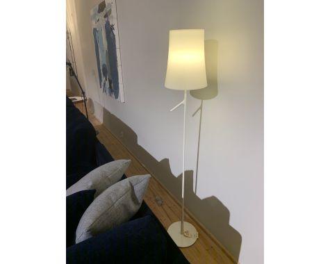 DEMO: Birdie - gulvlampe