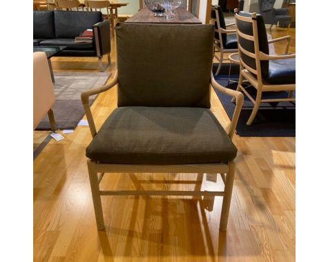 DEMO: Carl Hansen - OW149 Colonial Chair - Remix 954
