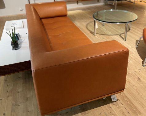 DEMO: Erik Jørgensen - 450 -E11 - Delphi - sofa - Walnut