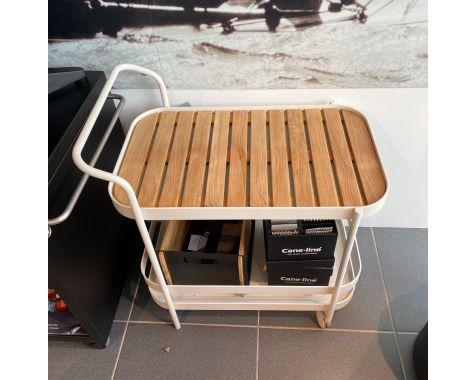 DEMO: Cane-line Roll barvogn