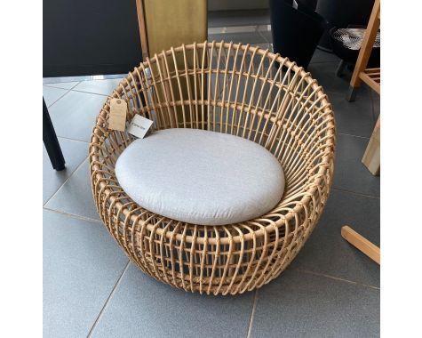 DEMO: Cane-line Round stol outdoor