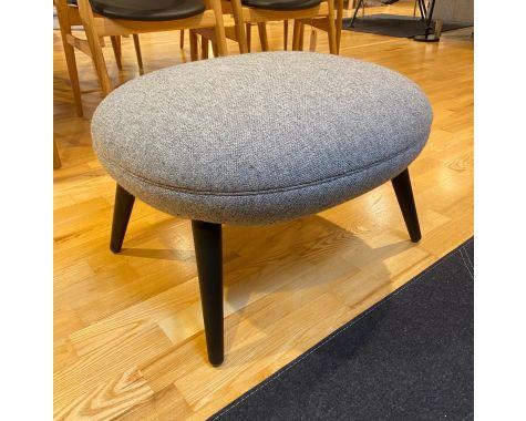 DEMO: Fredericia Furniture Swoon Ottoman