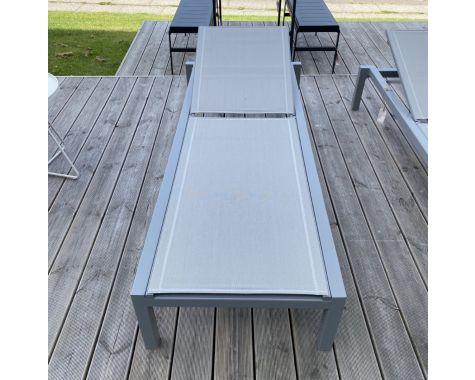 DEMO: Cane-line Relax solvogn Light grey