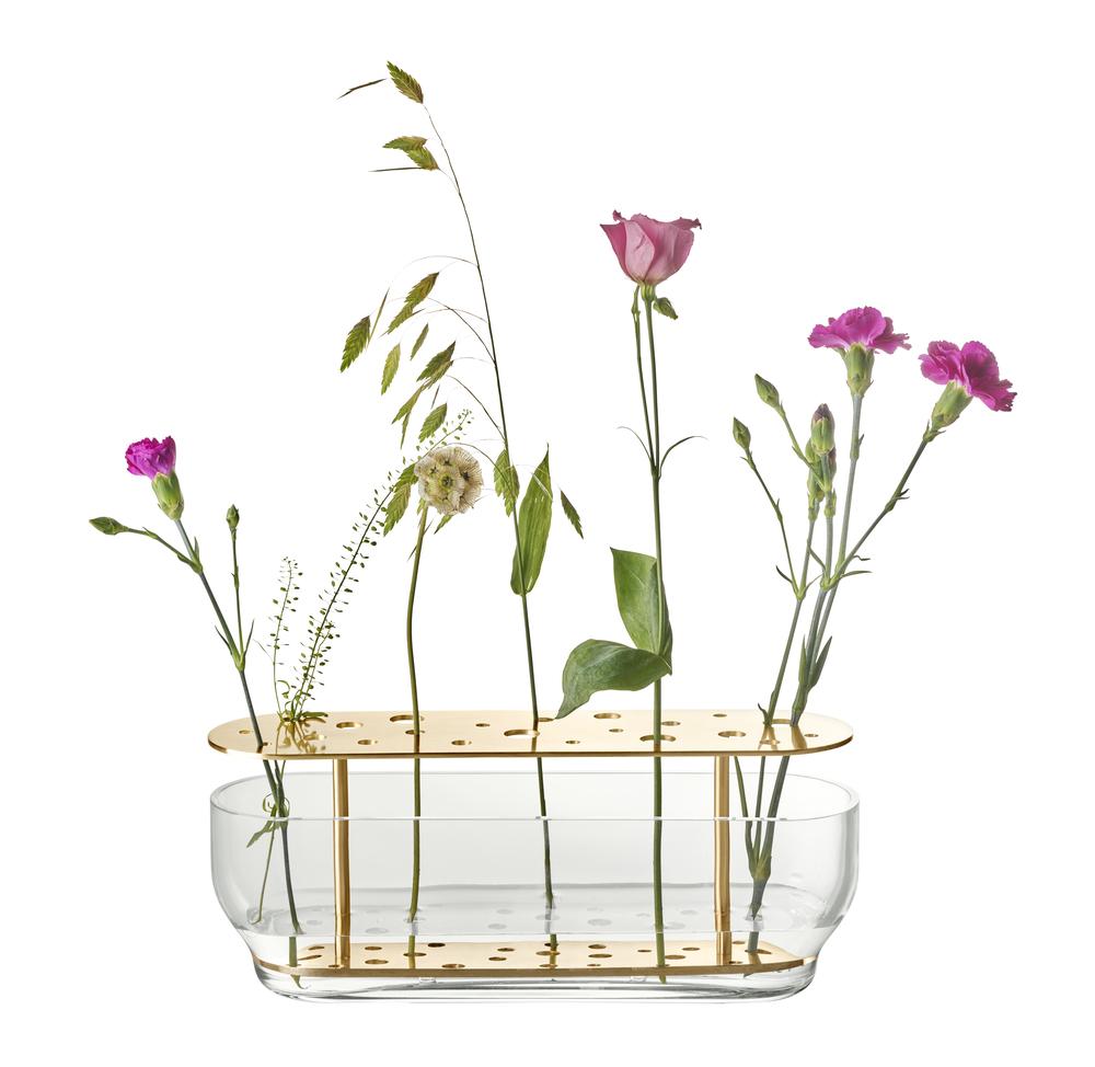 Få blomster til at leve - med vaser fra Fritz Hansen Objects